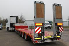 SEMI-REMORQUE PORTE-ENGINS 50T