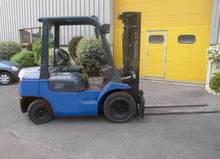 Chariot industriel 4T Diesel