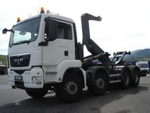 Camion benne 20T 8x4 ampliroll