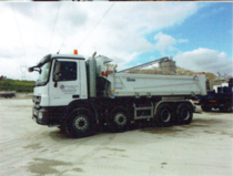 Camion Benne 8 x 4