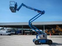 Nacelle articulée diesel 16m